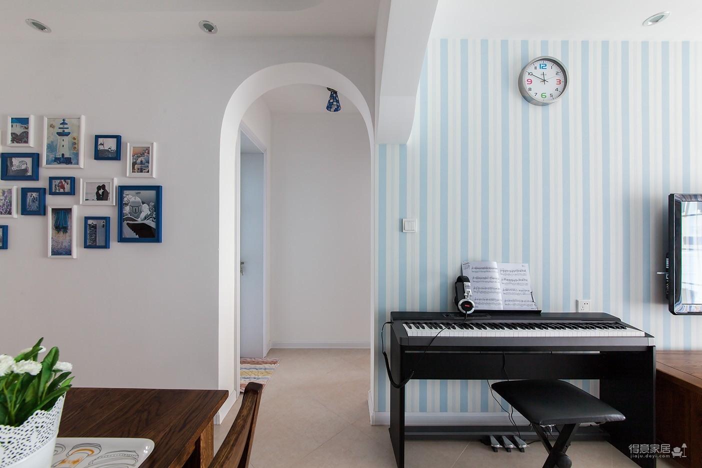 圆拱门让生活更有情调,还有一半书房一半卧室,办公生活两不误图_5