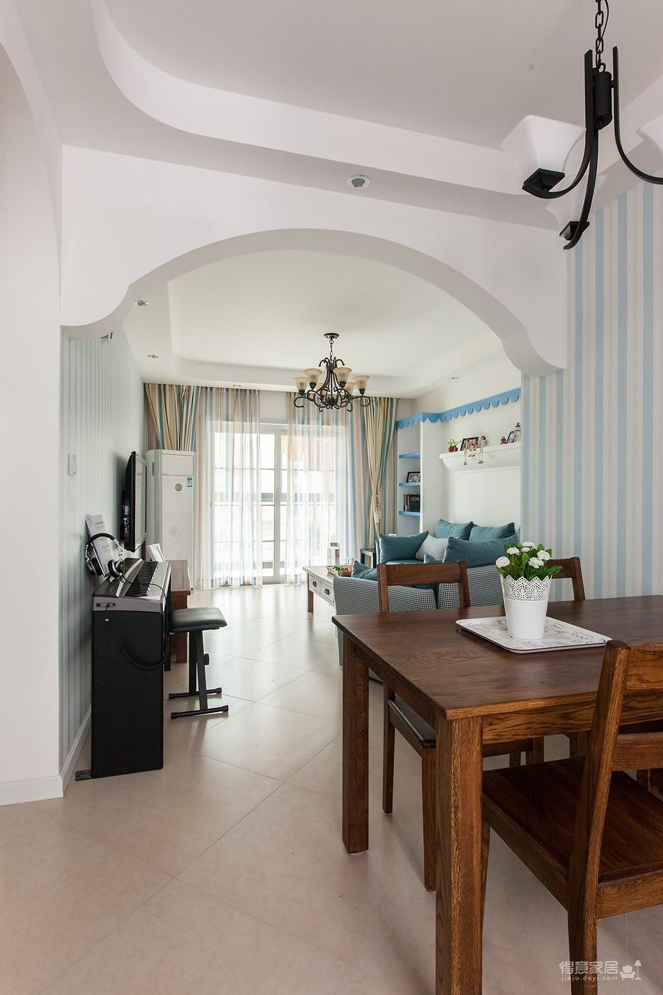 圆拱门让生活更有情调,还有一半书房一半卧室,办公生活两不误图_22