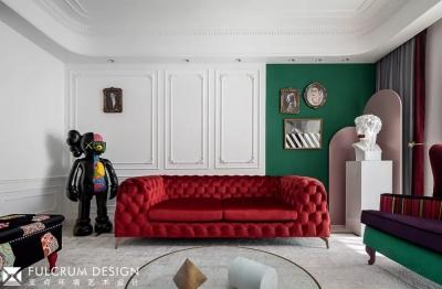 1+1>2 红绿CP喜形于色,精装房也能时髦高调
