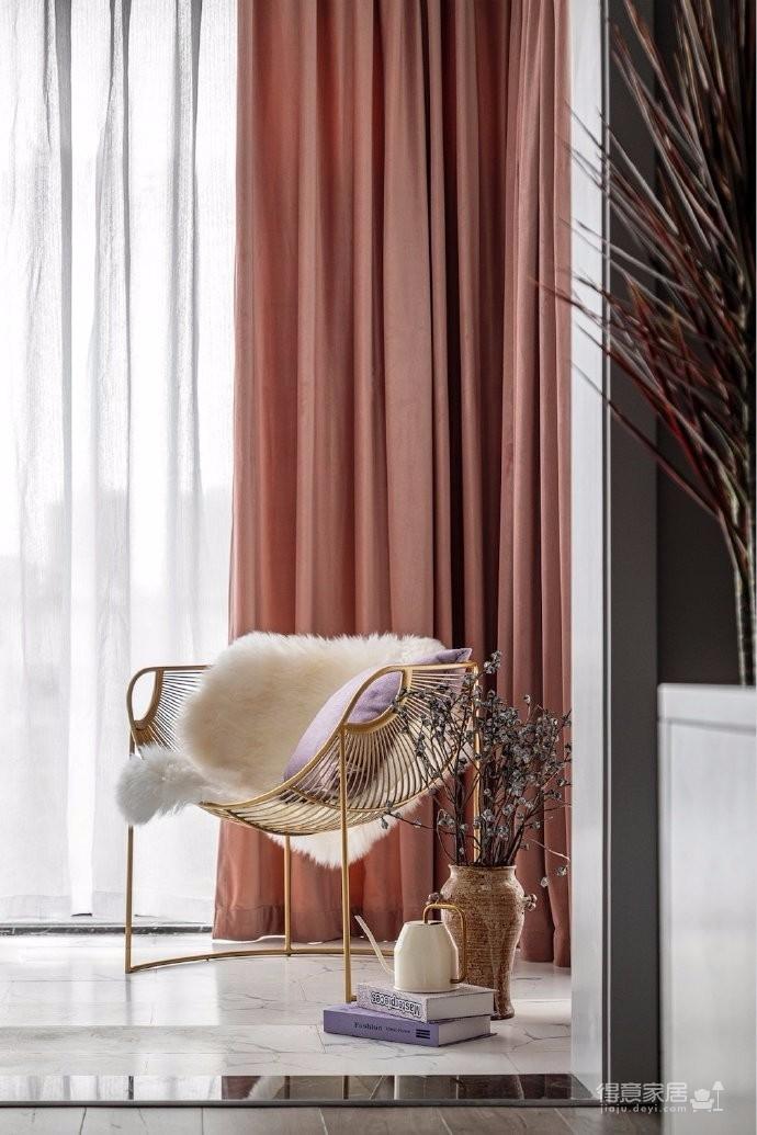 126平现代美式风装修,喜欢粉色和灰色搭配的家,温馨又有情趣