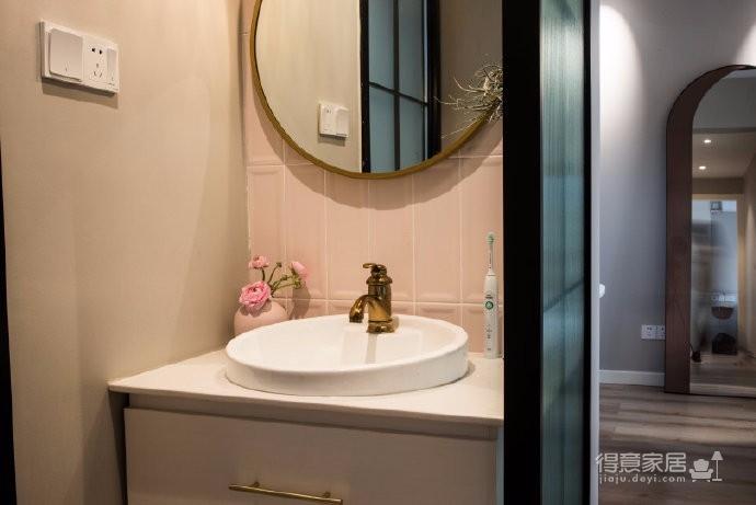 98平米北欧风格三居室,少女心满满的家图_7