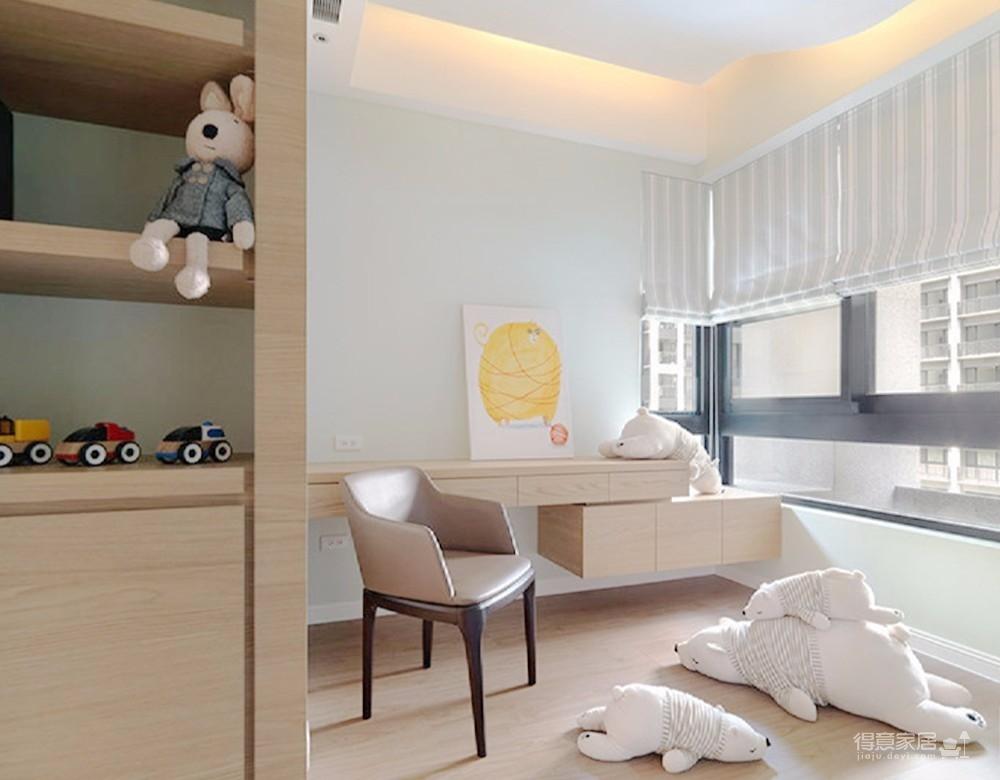 业主喜欢纯白色调的空间,而且富有童心,喜欢各式各样的小物件小玩具,所以在设计上以北欧纯白风格为主,其次再软装上也是各种毛绒玩具、玩偶,让空间充满乐趣。