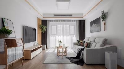 整体风格以业主喜欢的日式为主,化繁为简,摈弃多余的色彩和修饰,以柔暖又极具质感的木色为基调,让简约诠释家的温度。