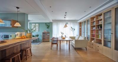 110平米日式风格两居室,空间通透明亮,再加上原木和绿植的点缀,简直美到恰到好处