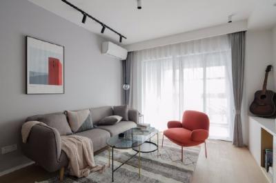 房屋套内面积为75平,小两房格局,客餐厅区域较为宽敞,典型中间套户型