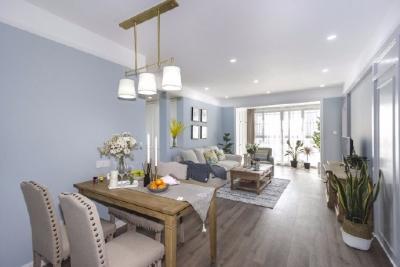 以【居住舒适度,家居偏好,材质感官,灯光氛围,收纳习惯,成本预期】等六个纬度综合考虑设计。并加入了季节交替变化对家的改变,让房子服务与人,并且不拘泥于风格,一切均以顾客的需求喜好考虑搭配