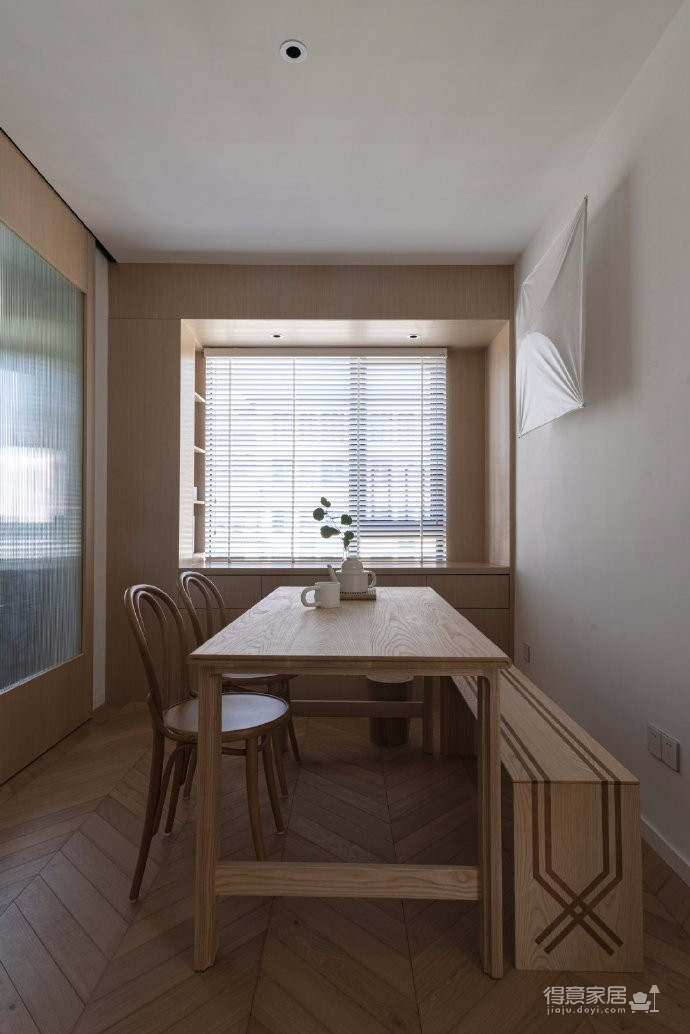 清新鱼骨拼地板,北欧风格的家具,复古拱形门,打造了这个打开家门即感受到放松与惬意的家图_10