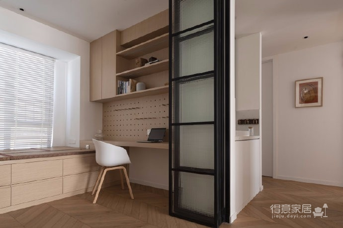 清新鱼骨拼地板,北欧风格的家具,复古拱形门,打造了这个打开家门即感受到放松与惬意的家图_8