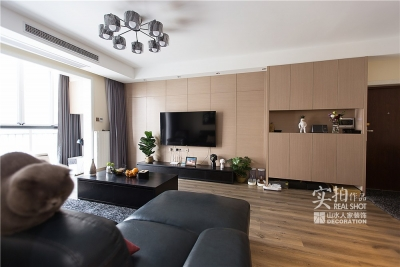 120平三室两厅一卫现代风