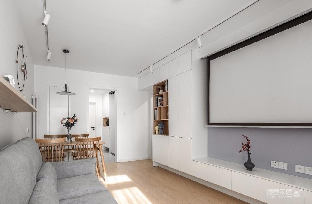 每个房子最终装修完都是有业主自己气质的、有业主的审美、有家的故事,无关风格,这就是业主自己的风格。