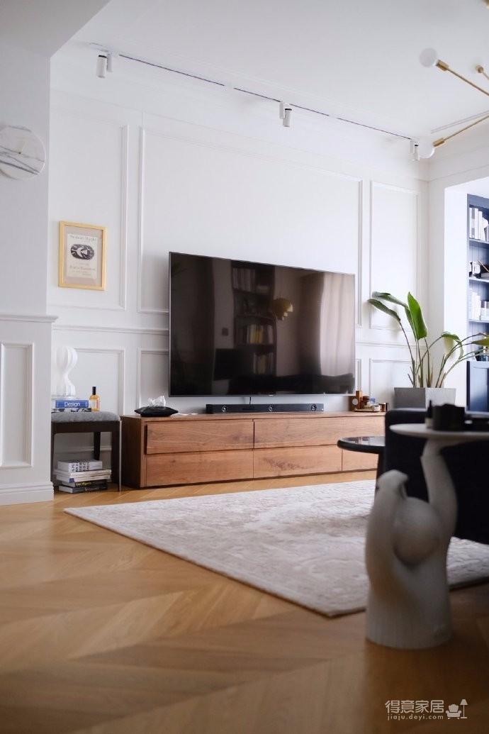 100平米美式轻奢,时髦又复古,家装中,舒适和好打理是不可忽视的,所以要好好在美观之外思考实用性