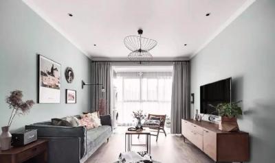 整体以清新自然的淡绿色和纯净的白色为主色,搭配复古感的原木家具,整个空间给人一种非常清纯的感觉,气质优雅,清新可人。