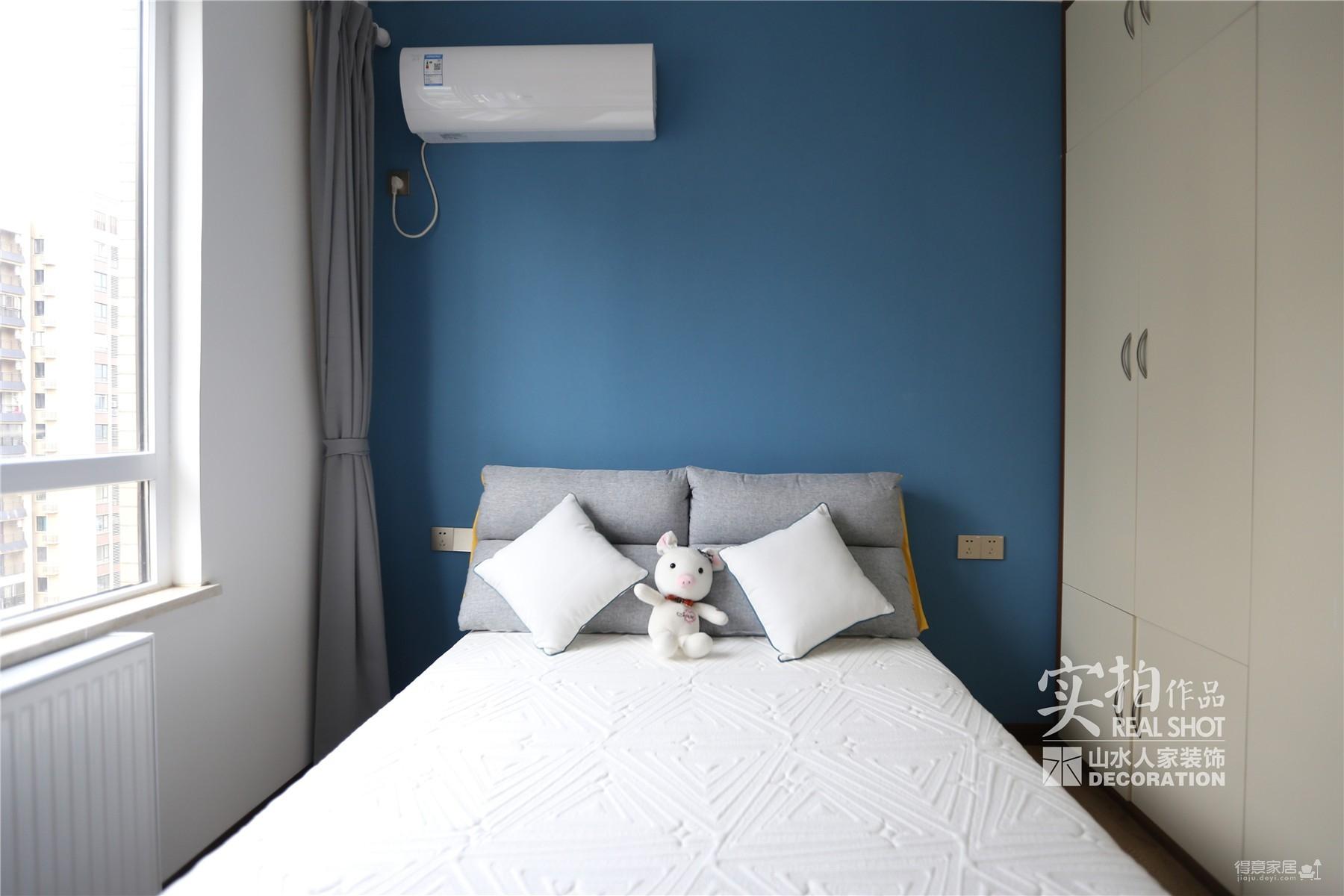红霞雅苑118平三室两厅新中式