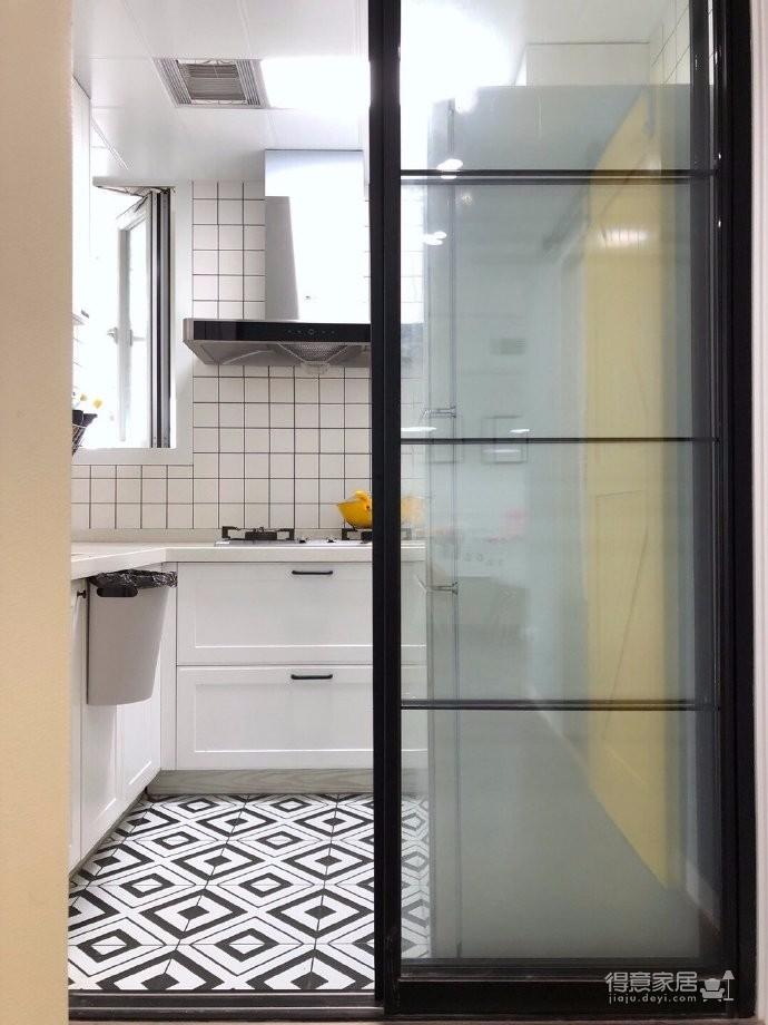 98平三居室,在力求小户型中的大空间,在满足三代人居住的前提下,还能拥有一家人交流活动的公共空间图_7