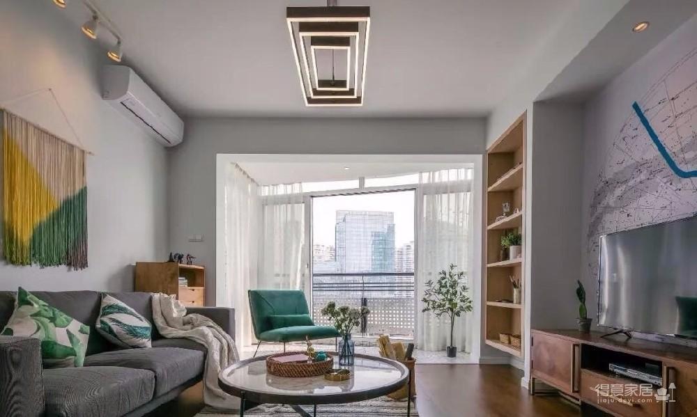 业主喜欢现代轻奢风格,家具喜欢更人性化的富有设计感的家具,然后整体空间布置格局合理,整装设计,从家具到软装饰,以实用精致,耐看不缺乏时尚!