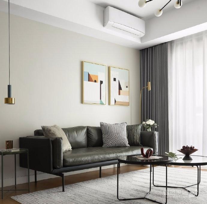 本案例是一套精装修改造设计,设计师从色彩、材质的角度出发,在最大化节约成本的前提下,原有空间结构及硬装造型并未做大改动,只对墙面材质和灯光布局进行调整,并为每个房间设计功能强大的储物收纳柜,选择合适的家具软装装扮空间。
