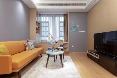 76平日式风家居,用原木色打造小而美的家,衣柜地板所有的颜色都很治愈,浅系列很暖心。