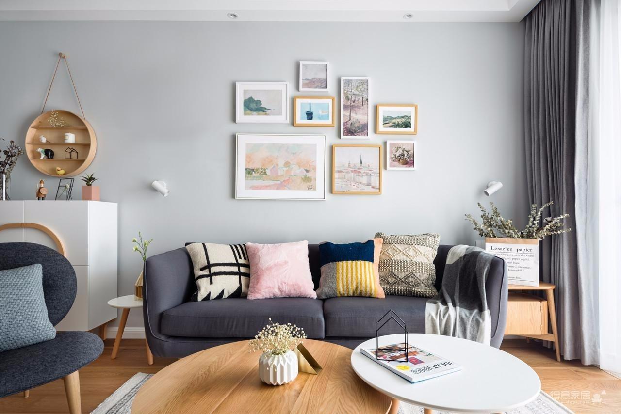 现代简约风格的设计,通常会尊重原有的房屋空间结构,不做大的改动,而因势利导,在自然的基础上去积极探索,去尽量保持原有的美。