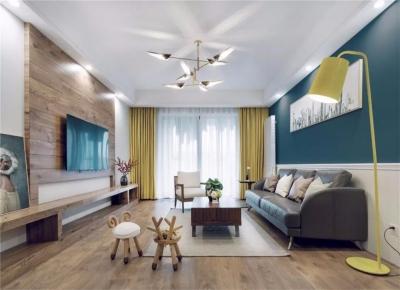 整体空间以现代成熟为主,通过在细节软装上加入北欧简洁的装饰,让空间显得充满了舒适温馨的档次感,华丽而又精致。