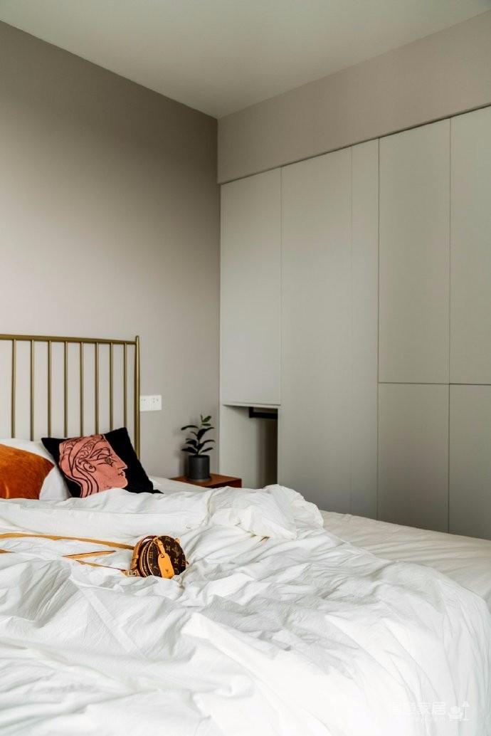 74平米复古与北欧的混搭两居室