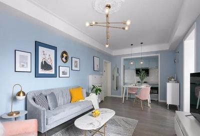 屋主喜欢明亮的色彩,想要一个柔软舒适的家。设计师通过精心的设计和小细节的过渡,让色彩彼此融合,给屋主打造一个独一无二的明媚彩虹屋。