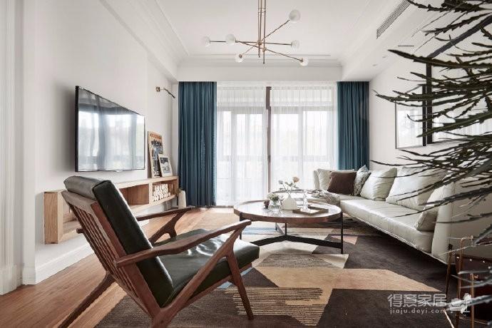 室内采用了白色作为基底,搭配出最为温馨雅致的北欧风情。