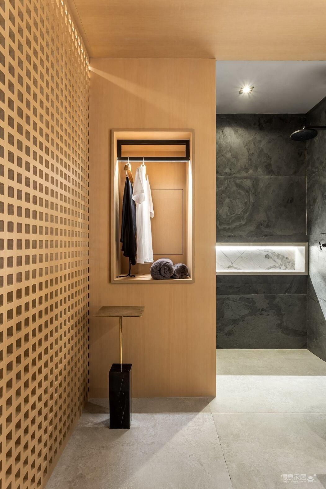 理想化的生活阁楼,木质元素简洁自然