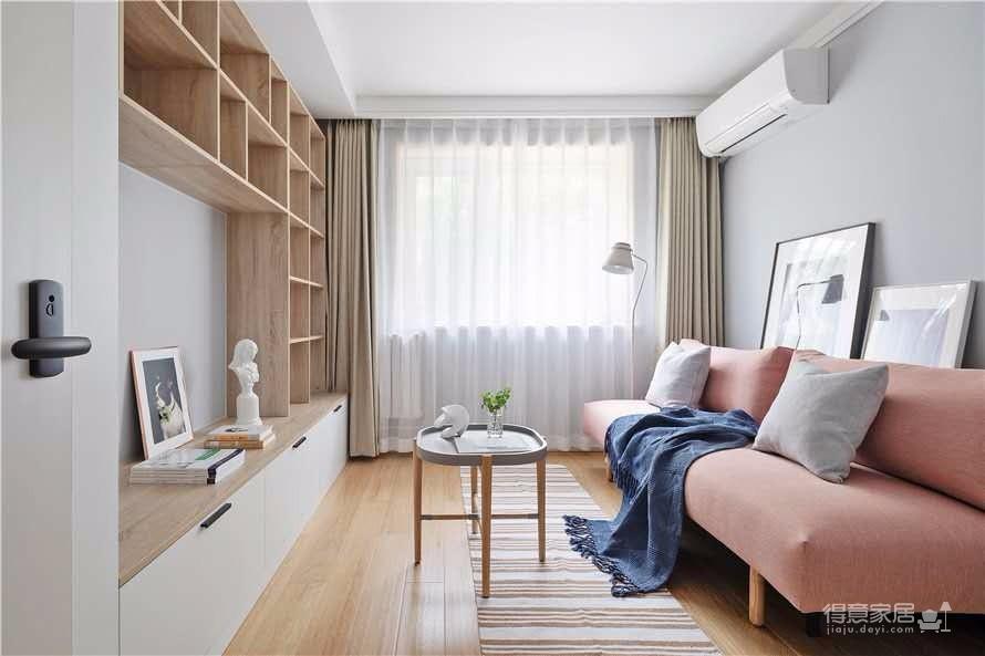 简约的设计风格和软装,居住起来会更舒适
