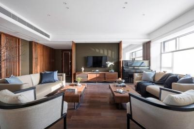 设计师245m²自住住宅,木格栅填充形成独特的东方韵味!