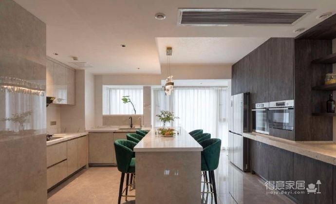 130平米现代简约三居室设计