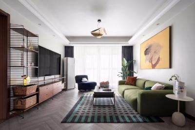 135㎡四居室精装修改造,春天是万物复苏的季节。
