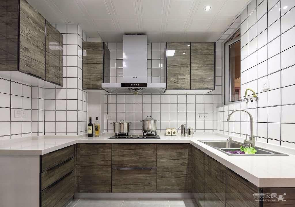 98㎡现代简约风格家居装修设计案例,黑白基调,橘色提亮,整个空间稳重大气又不失灵气