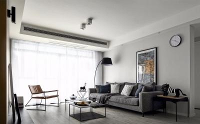 案原结构上本比较紧凑,经过结构上简单的调整和硬装配饰的组合打造了一个实用与时髦并存的空间。