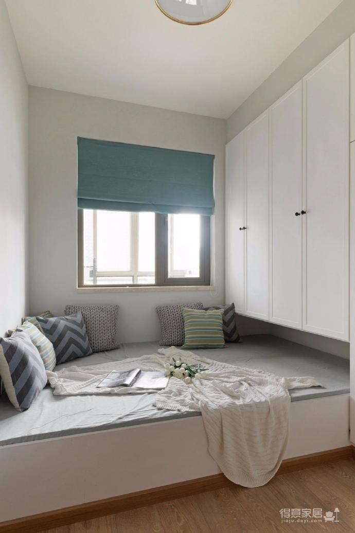 70平北欧风格装修,温暖而质朴的原木色,尽显柔美高雅。