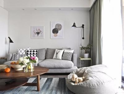 140平北欧简约风格装修,舒适自在的活动空间,配色为空间增添不少乐趣