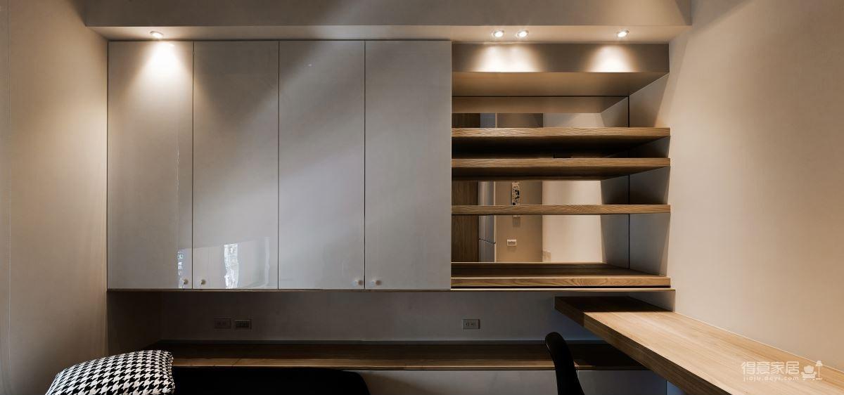 70平小两室 简约 加极大的储物空间