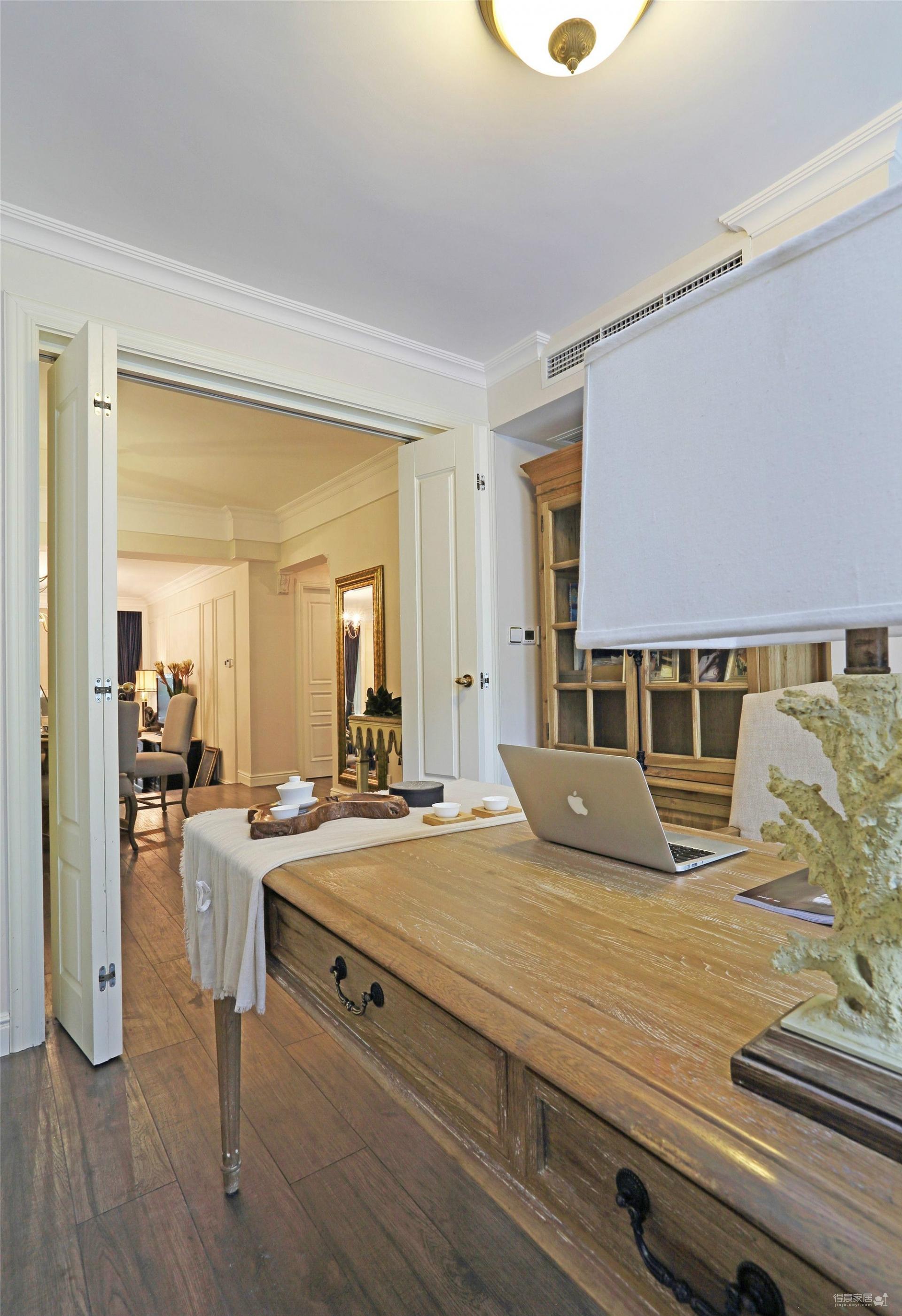 三室两厅混搭风 简简单单的美
