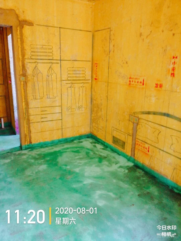 保利时代100平三室两厅泥工工地巡检