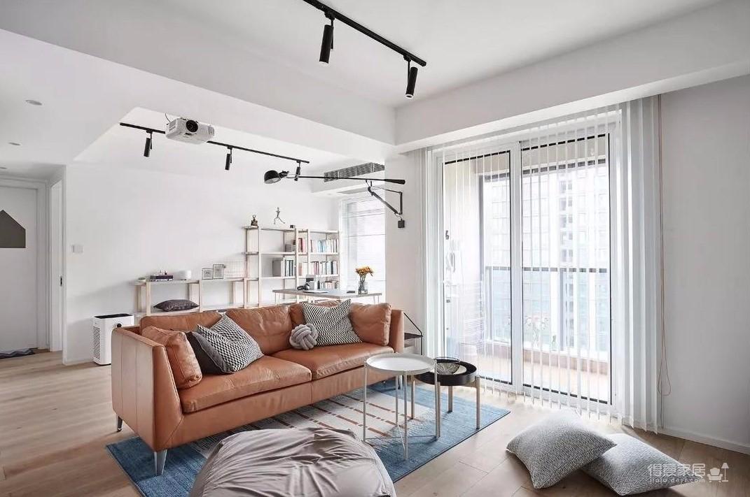 89㎡舒适3居,卧室只刷大蓝墙显高级图_1