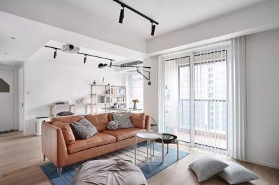 89㎡舒适3居,卧室只刷大蓝墙显高级