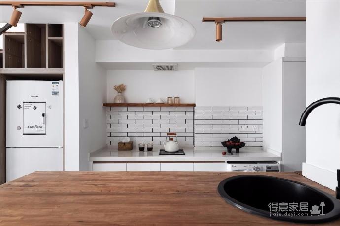 这个以家的标准严格打造的暖宅,所使用的部分东西品质甚至超出屋主的常住宅