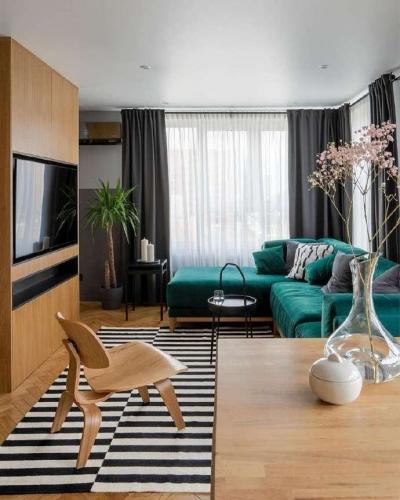 原木朴实的色调打造简约的家