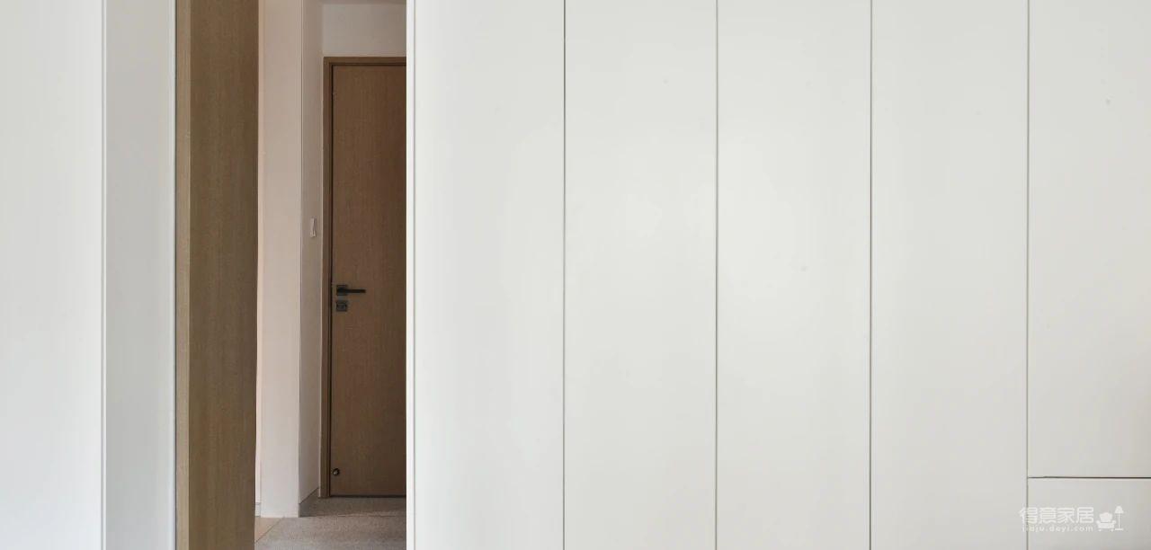 168㎡黑白木质空间,纯净与心安才是家的模样