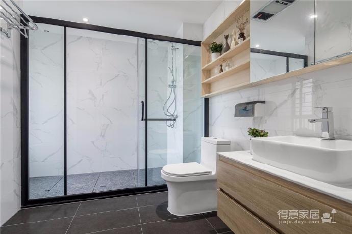 设计师根据室内结构将自然与现代生活美学交织融合,匹配业主的格调与希冀,打造一个清新与安适并存的空间。