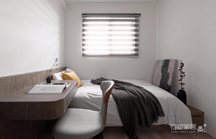 同步挥别浓郁且深沉的色系,以素雅灰调铺展于硬件与家具之间,奠定简静基底,巧妙植入水墨质感磁砖薄板,框构一幅内敛且禅意的张力端景图_5