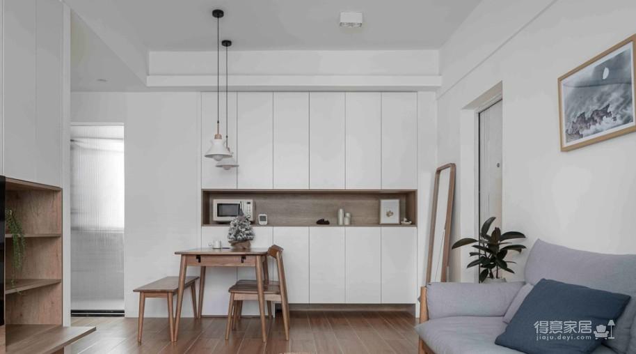 64㎡简约风小户型,电视墙收纳、厨房门改向,昏暗客厅变通透图_8