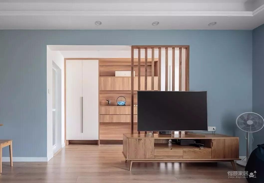 93㎡日式MUJI风3室2厅,步入式衣帽间颜值与实力并存!