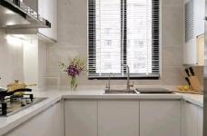 简洁的北欧。白色的墙面、灰黑的家饰、搭配上木质的地板,让生冷的色系,调和出温馨的气氛图_7