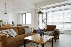 简洁的北欧。白色的墙面、灰黑的家饰、搭配上木质的地板,让生冷的色系,调和出温馨的气氛图_2