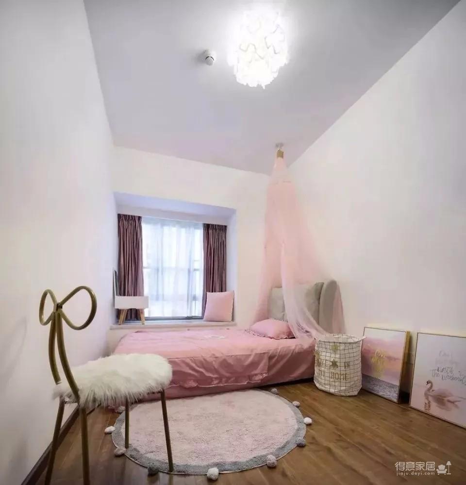 120㎡现代轻奢风三居室装修,简单吊顶+大白墙+整体柜,太有档次了!图_7